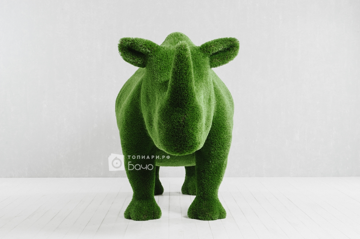 Ландшафтная фигура носорог