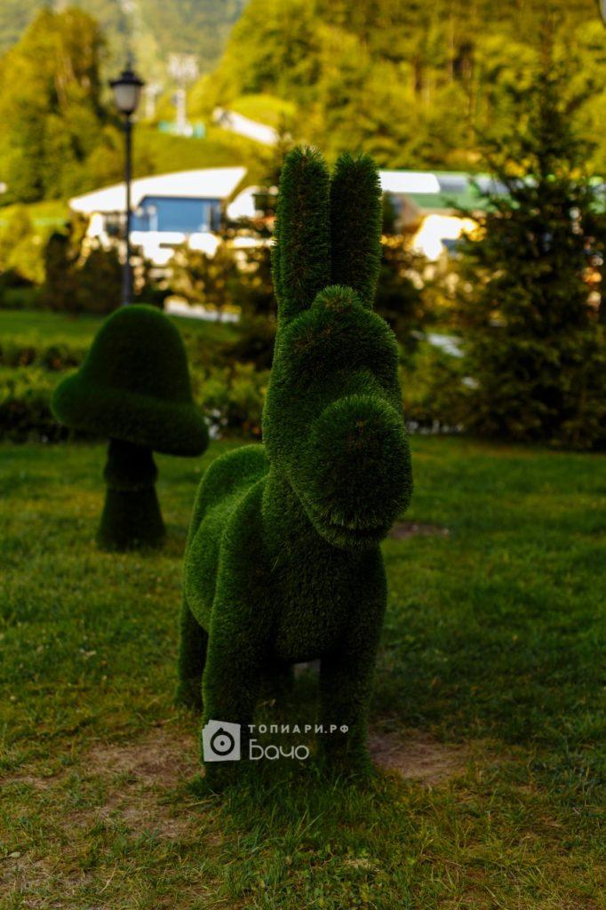 Садовая фигура Ослик