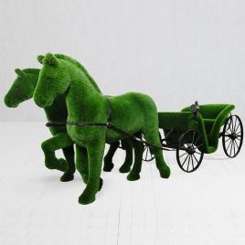 Ландшафтная фигура Карета с лошадьми