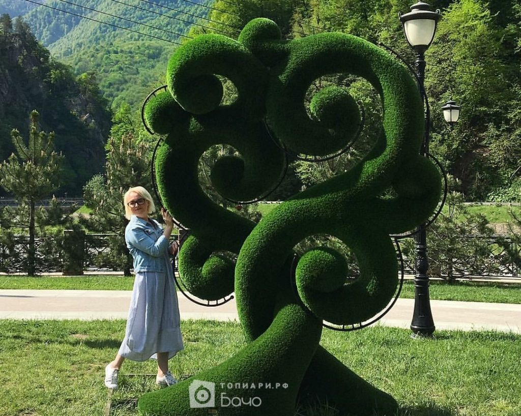 Ландшафтная фигура Дерево счастья