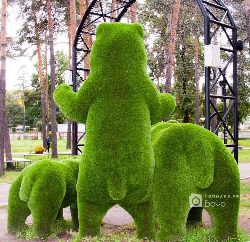 Ландшафтная фигура Медведь стоячий