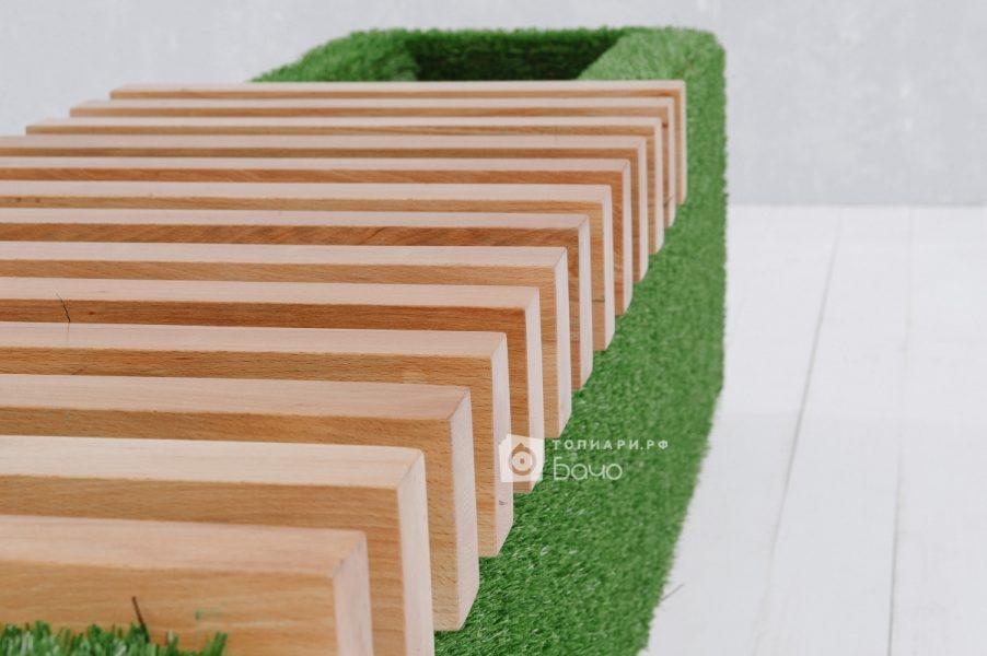 Ландшафтная скамейка светлая