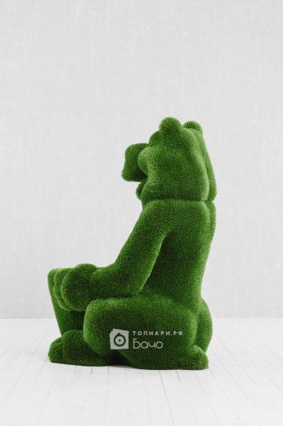 Топиарная фигура Медведь с корзиной 4