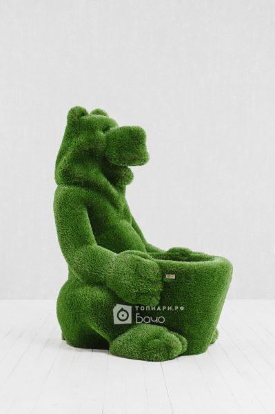 Топиарная фигура Медведь с корзиной 6