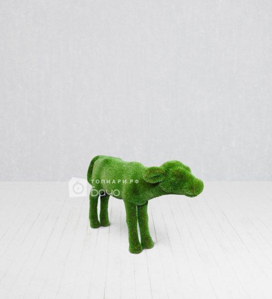 Садовая фигура теленок